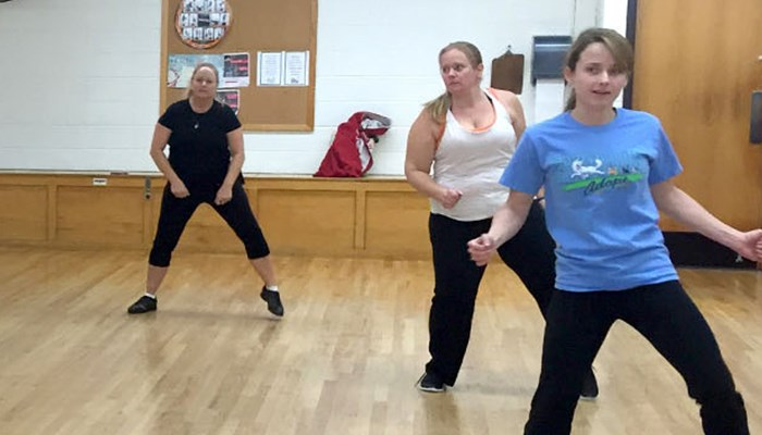 Rose State Wellness Class 'Drops It Low' To Get Fit